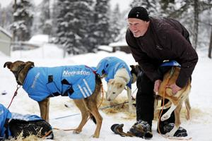 Sled-dog teams face frigid temps as 300-mile Race to the Sky continues