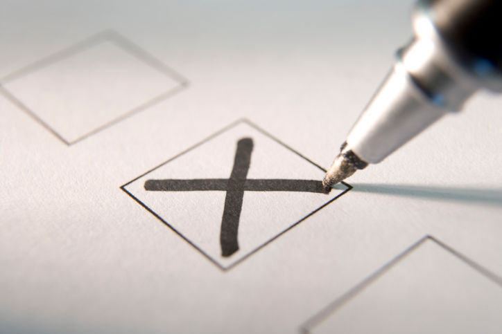 poll vote stockimage check mark list