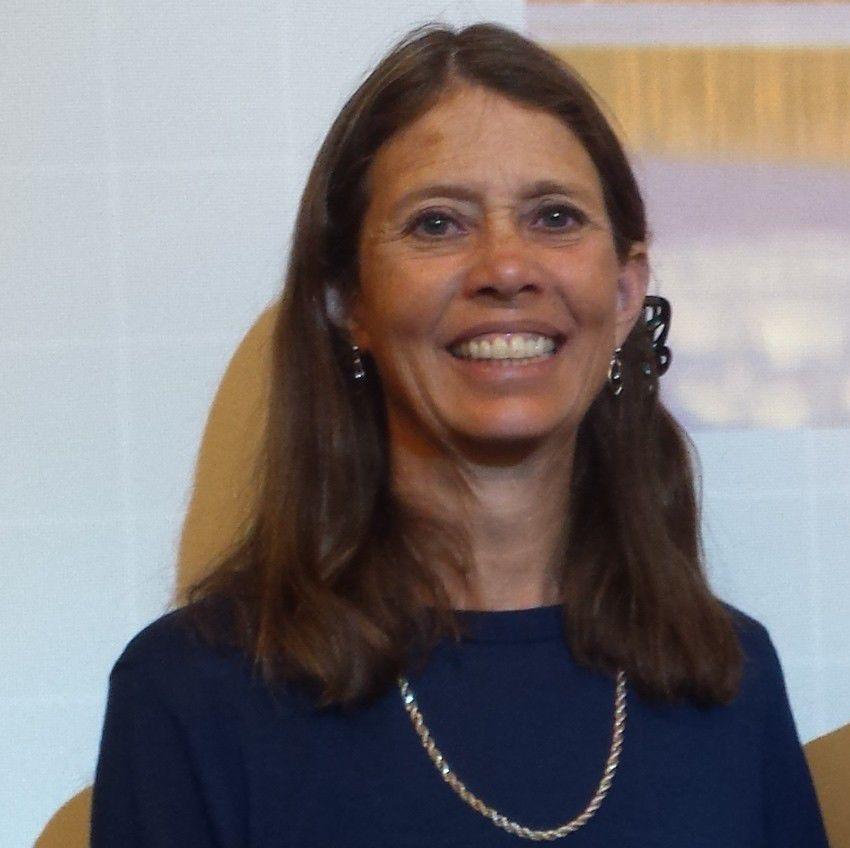 Lori Byron