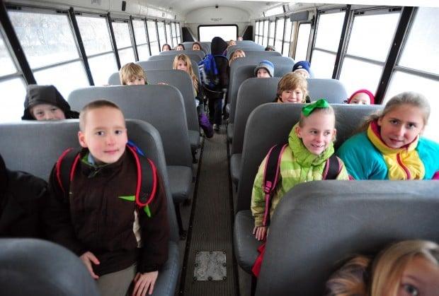 seat belt on school bus