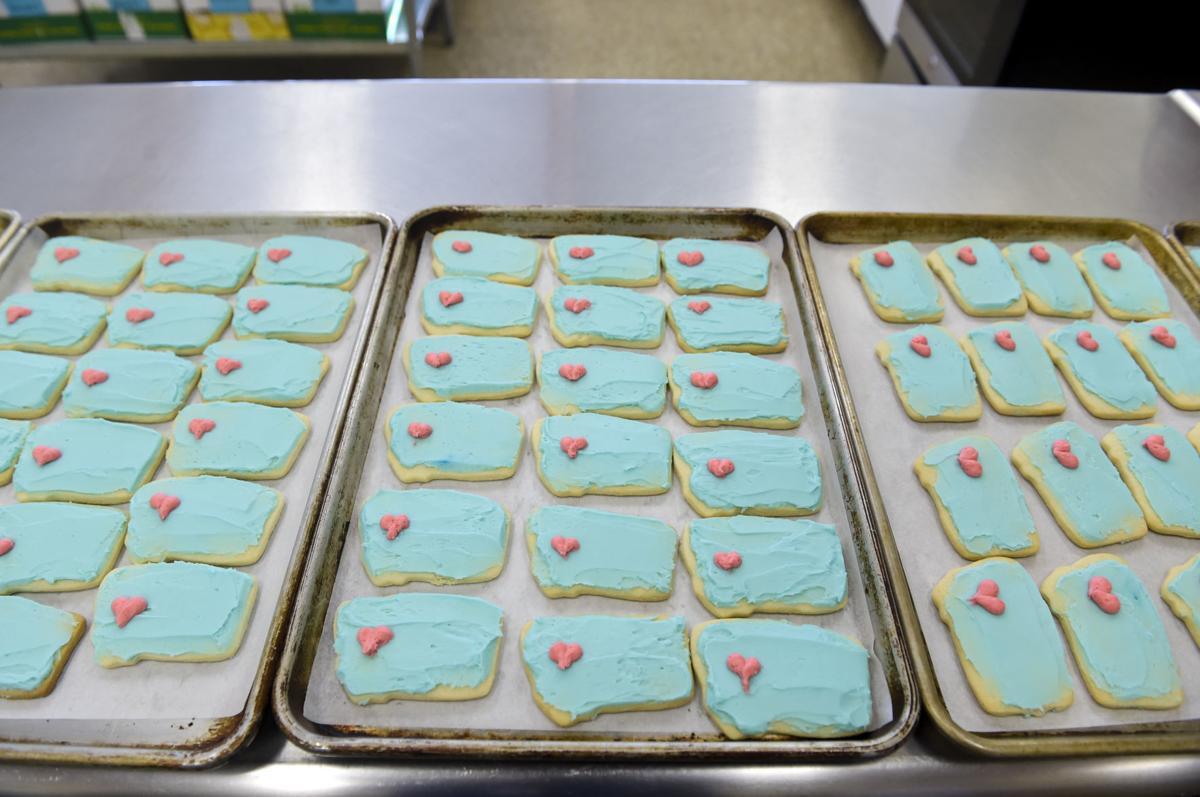 700 Montana shaped cookies