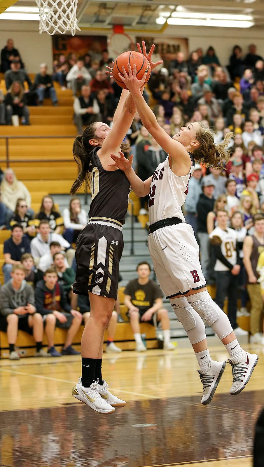 030218-ir-spt-girls-basketball-HHS-1.jpg