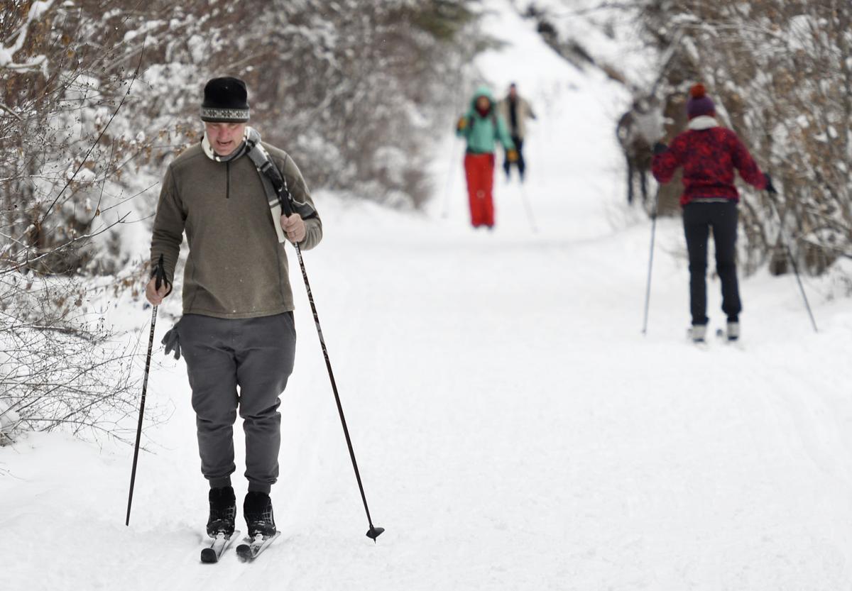 122916-xc skiing-1-tm.jpg