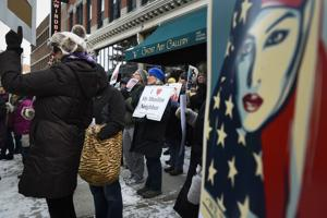 Support for immigrants galvanizes at local rally