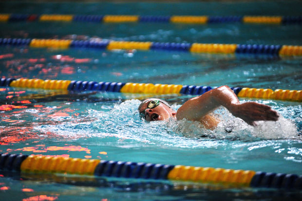 how to swim a 500 yard freestyle in a competitive race Competitive freestyle is a fast-paced race, even in distance events  swim 500 yards continuously  swim freestyle without getting tired  logo return to top.