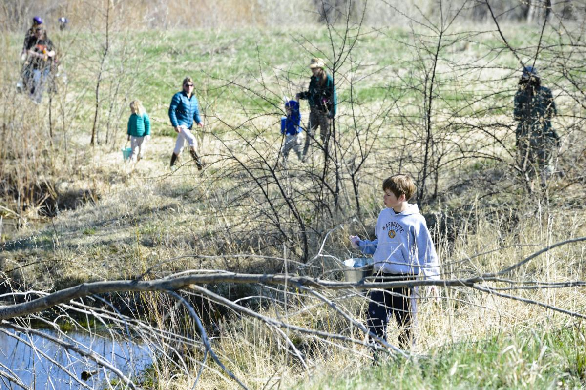 Earth Day Beach Sweep at Spring Meadow State Park