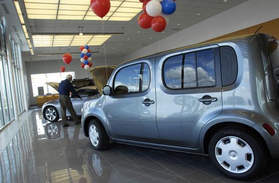Robert Allen Nissan >> As Dealerships Close Nationwide Robert Allen Nissan Opens