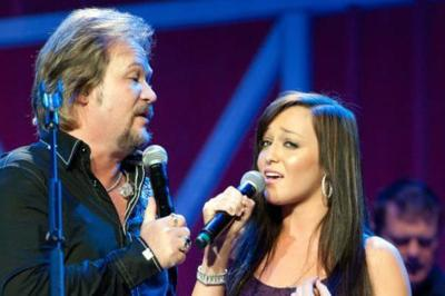 Travis Tritt's Daughter Is All Grown Up, And Following In Her Dad's Musical Footsteps