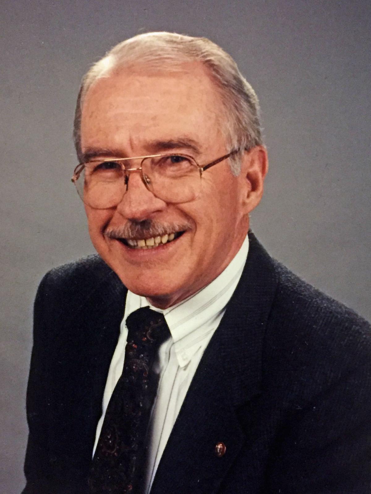 Crennen, Martin W.