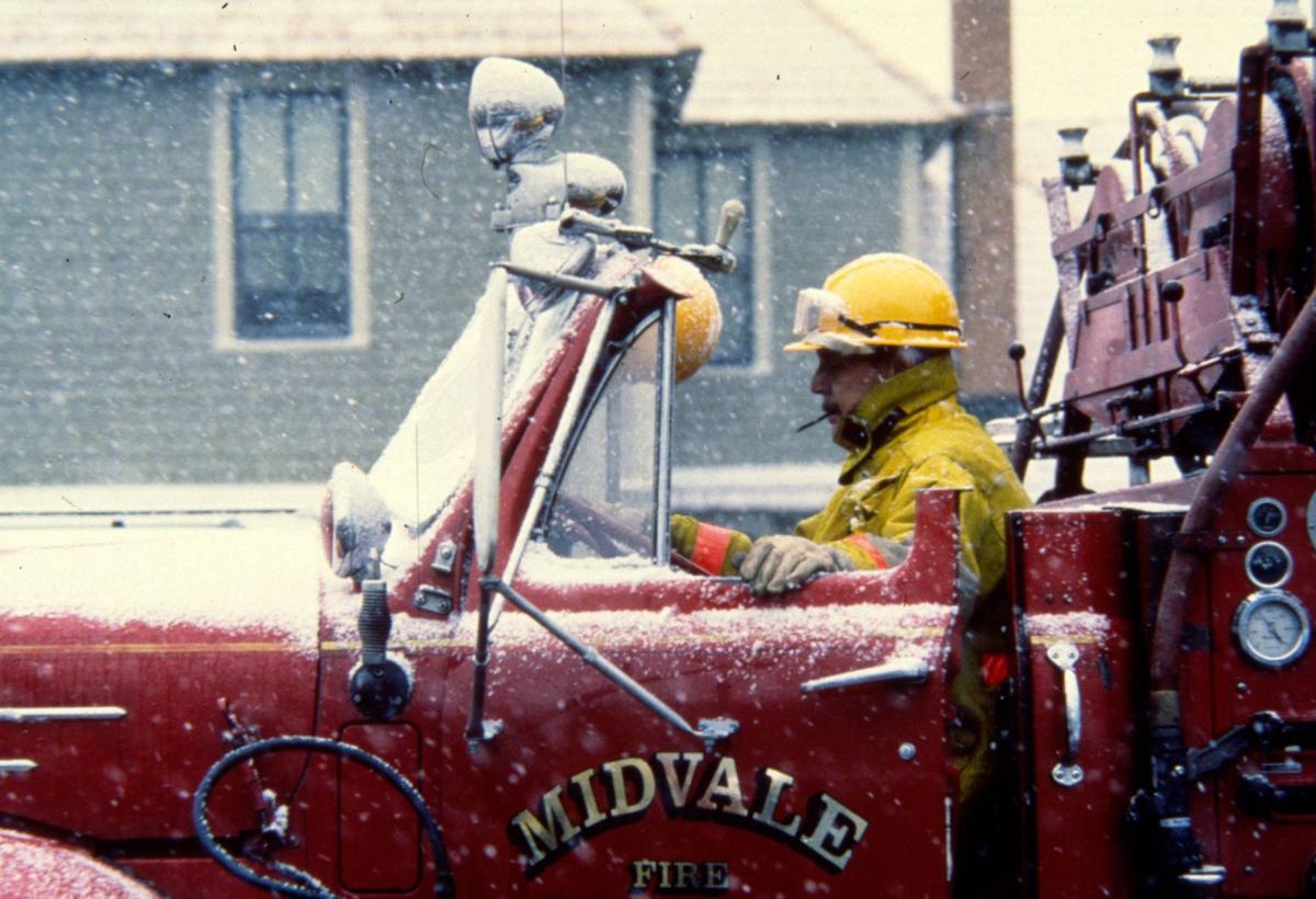 Rain and snow fall, aiding firefighting