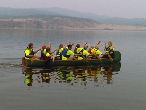 Queen City Buzz rowing crew