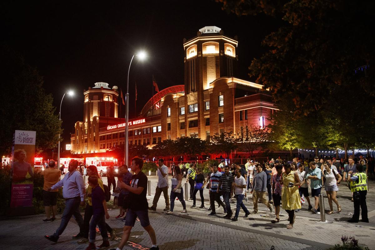 US-NEWS-CHICAGO-NAVYPIER-STABBINGS-2-TB