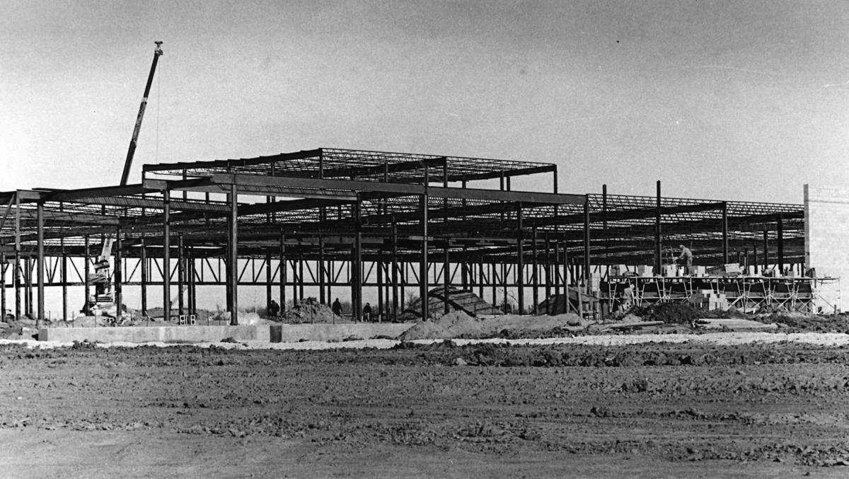 Hickory Point Mall construction 1