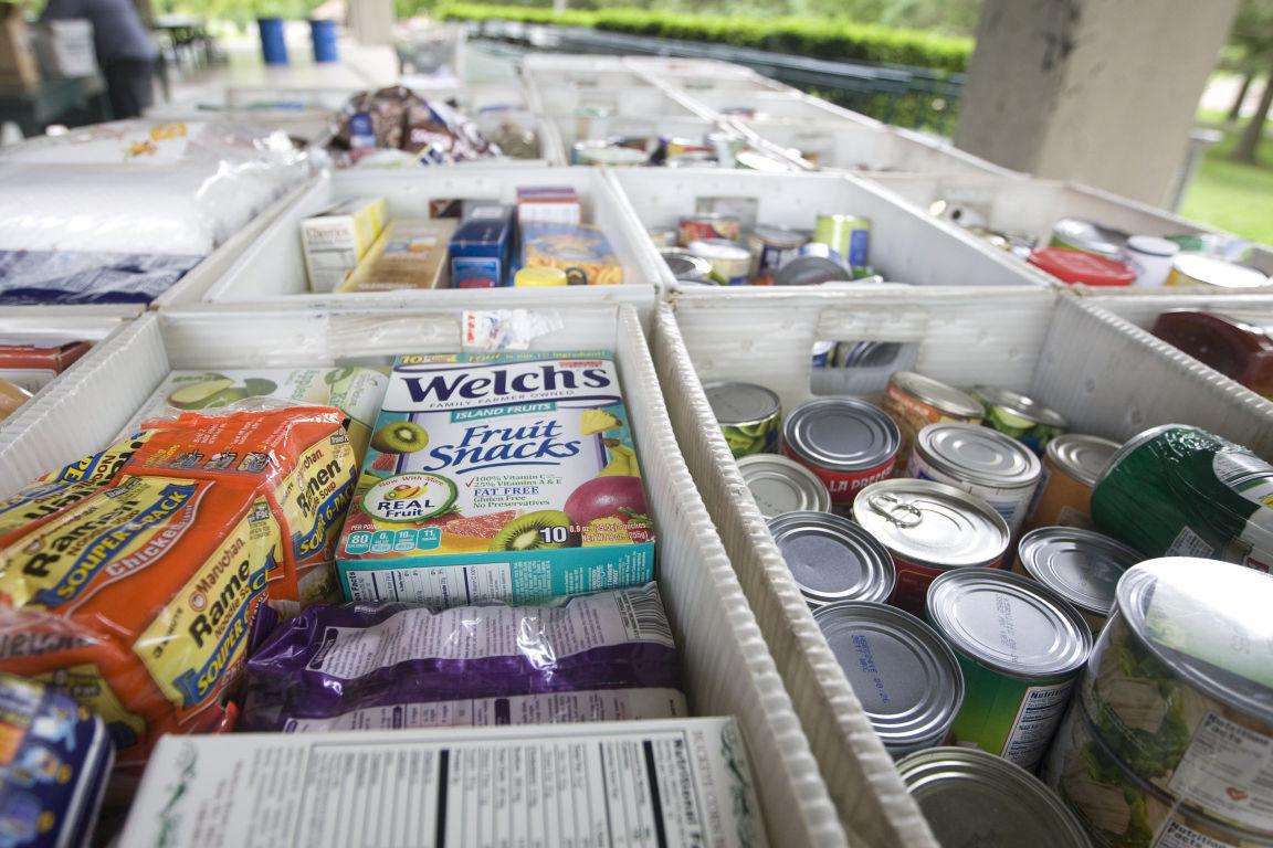 donations food drive 05142016.jpg