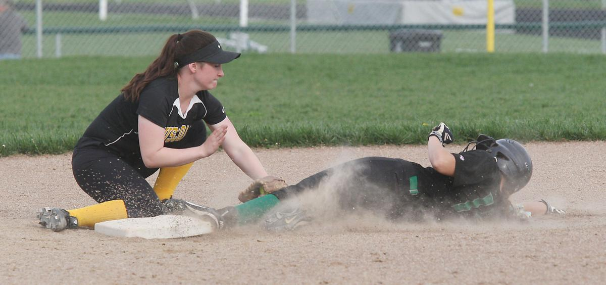 Meridian vs Tuscola softball 34 4.17.17.jpg