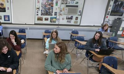 🎓 A step up: Here's how Okaw Valley seniors have already earned 300 college credits