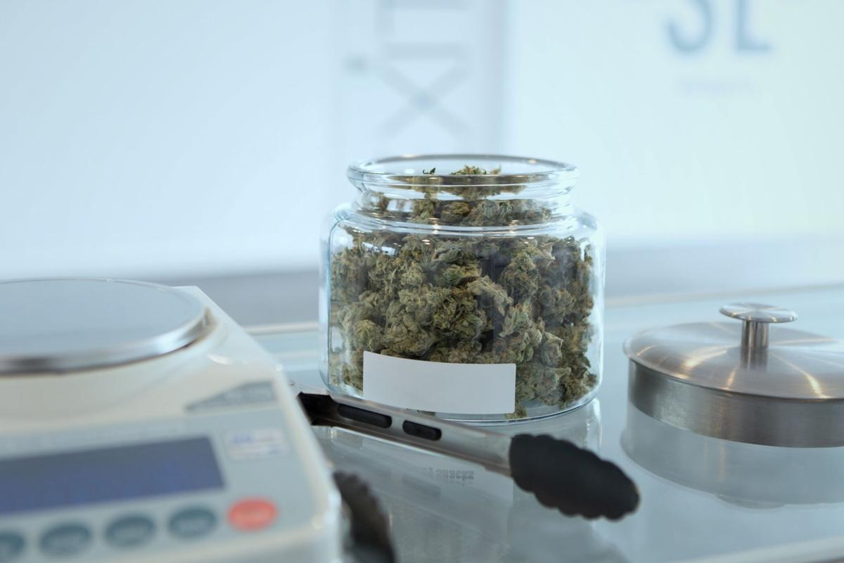 New Shelbyville clinic promises fast on-ramp for medical pot | State ...