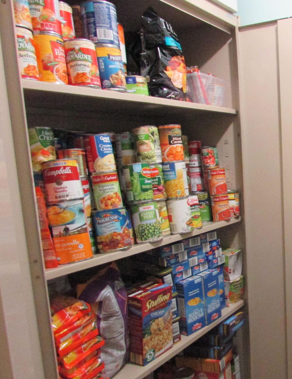 foodbank pic 2