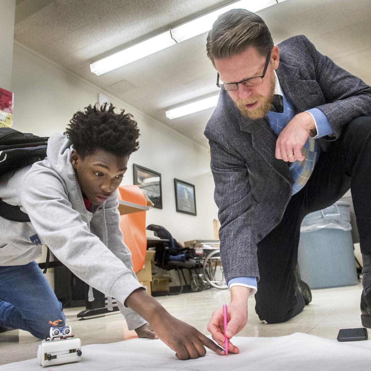 FUSE Studio inspires STEM learning at Peoria school   State