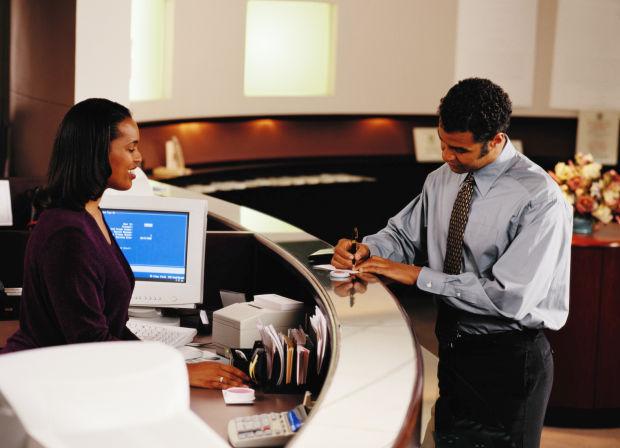 Loan officer salary ‐ CareerExplorer