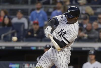 APTOPIX ALDS Twins Yankees Baseball