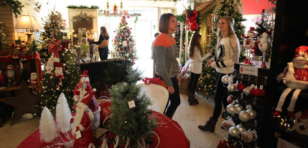 Relative calm covers Black Friday shopping | Local | herald