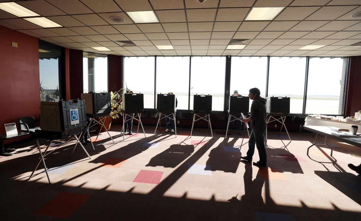 Macon County clerk reports smooth Election Day, with low
