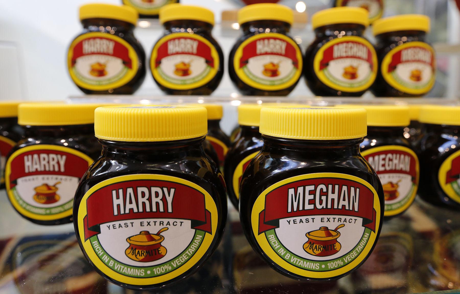 Britain Royal Wedding Merchandise Mania Marketers cashing