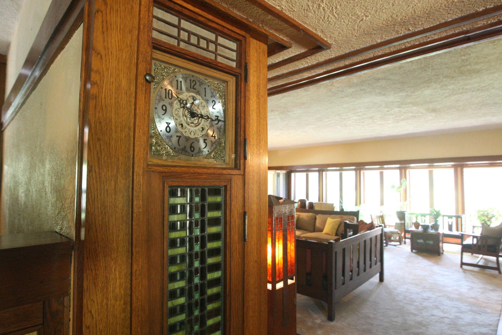 Edward Irving House clock 8917 725000 Decatur