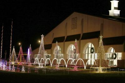 LIFE Foursquare wins Decatur award for spectacular lights display
