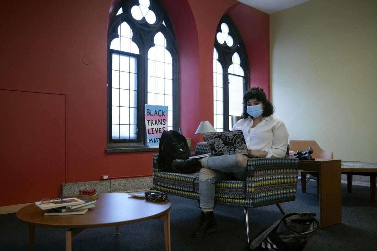 US-NEWS-BEFORE-COVID-19-LOW-INCOME-COLLEGE-STUDENTS-1-TB.jpg