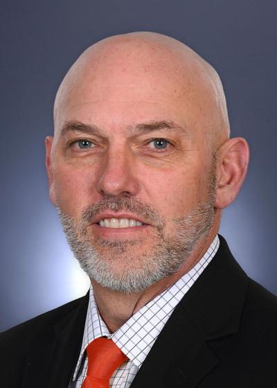 Tony Peterson -- offensive coordinator