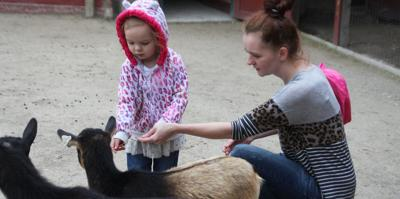 Scovill Zoo welcomes moms and kids for Mother's Day