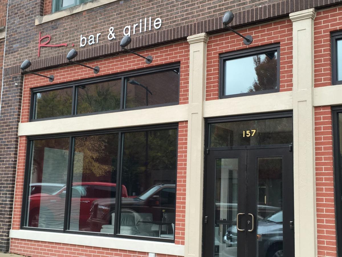 R Bar & Grille