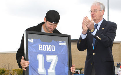 Tony Romo jersey retirement