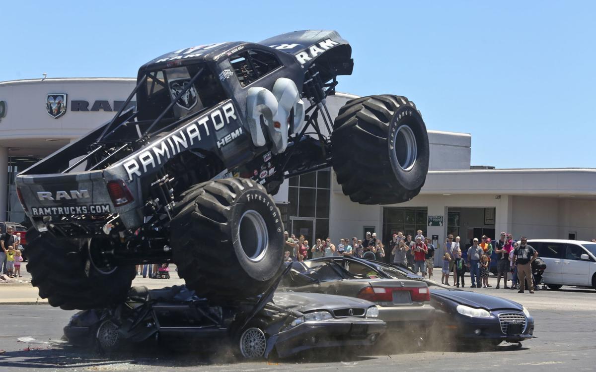 video 39 raminator 39 monster truck revs up crowd at bob brady auto mall local herald. Black Bedroom Furniture Sets. Home Design Ideas