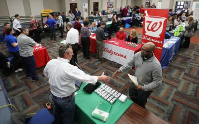 Looking for a job? You're not alone, but Decatur career fair shows opportunities available