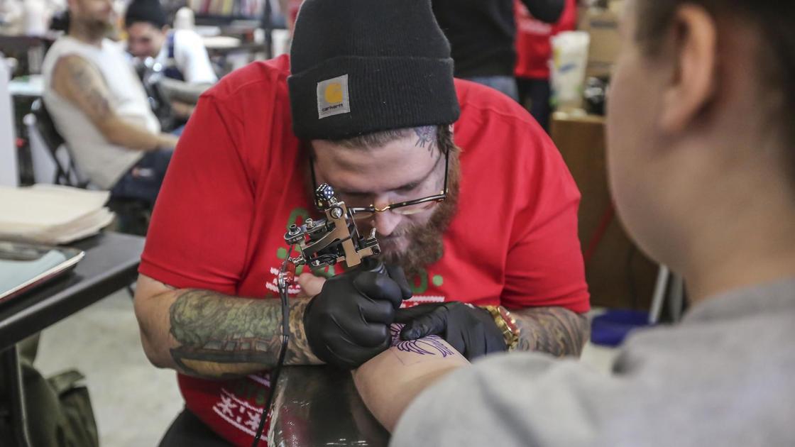 Video oakwood tattoo 39 s 39 toys for tats 39 life people for Oakwood tattoo decatur il