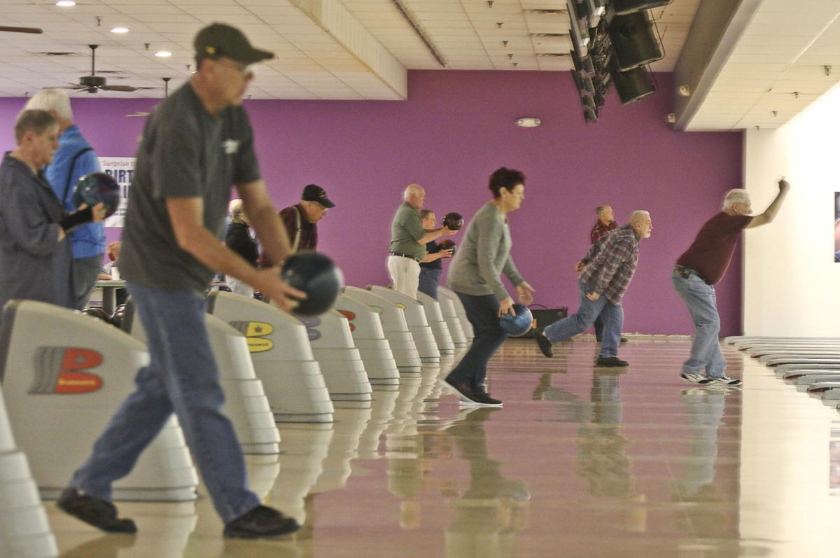 b2d13b33f86 Bowling in Decatur rolls along despite loss of bowlers, alleys | Sports |  herald-review.com