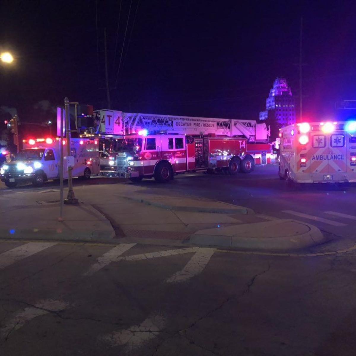 2 injured in 2-vehicle crash at 22nd, Eldorado Streets