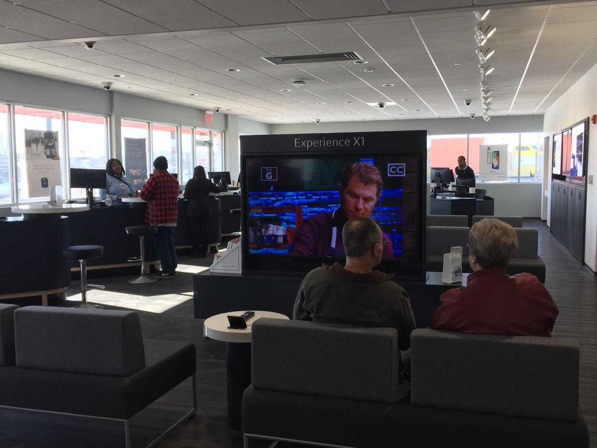 New Xfinity Store In Forsyth Highlights Products Customer Service Local Herald Review Com