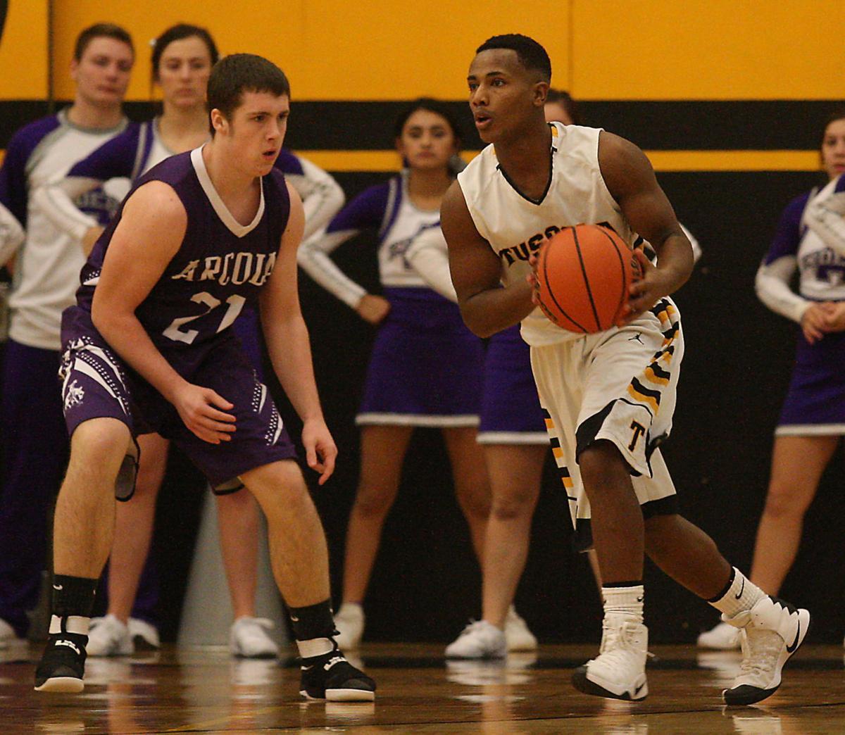 Arcola vs Tuscola Boys Basketball 6 12.20.16.jpg