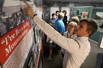 Editorial Education Is Civil Right >> Immersed In History Mount Zion Class Unveils Civil Rights Themed