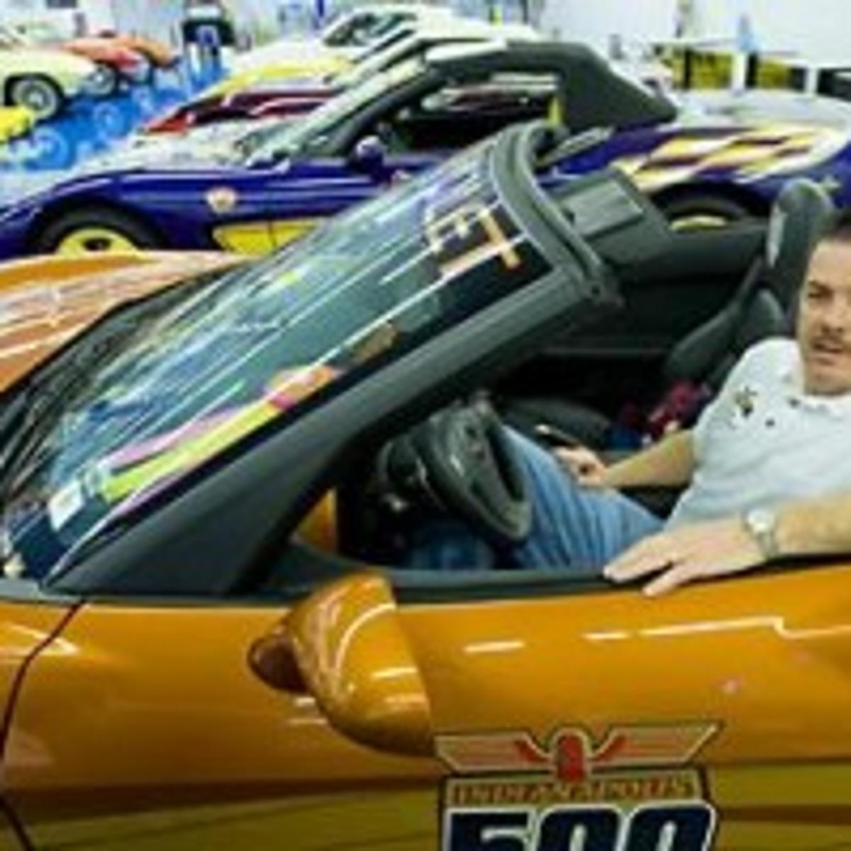 Car Dealerships Decatur Il >> Metallic Dreams Decatur Businessman To Open Chevrolet Hall