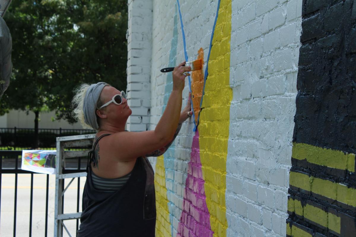 082216-dec-loc-mural2