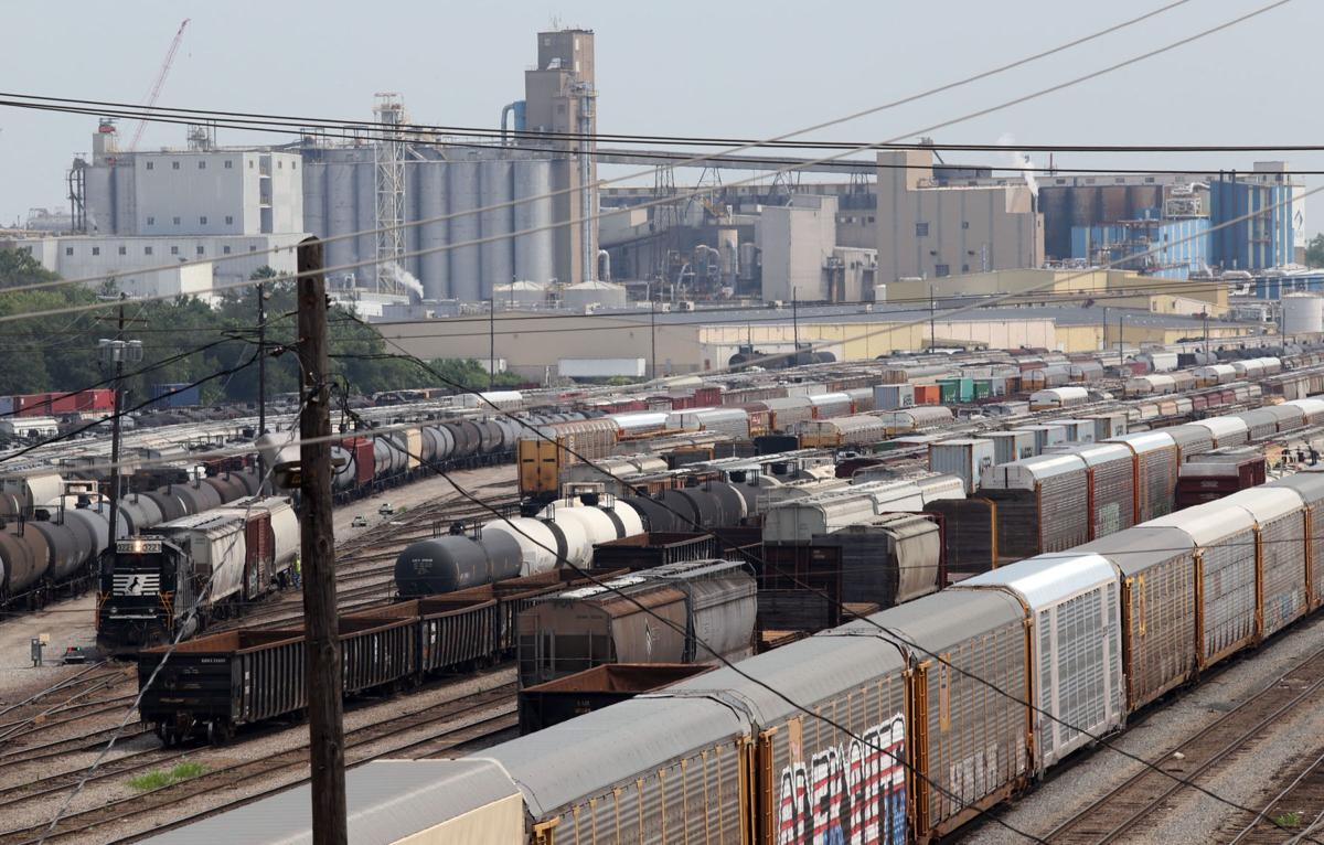 $51,000 base salary: Norfolk Southern struggling to hire 30 train