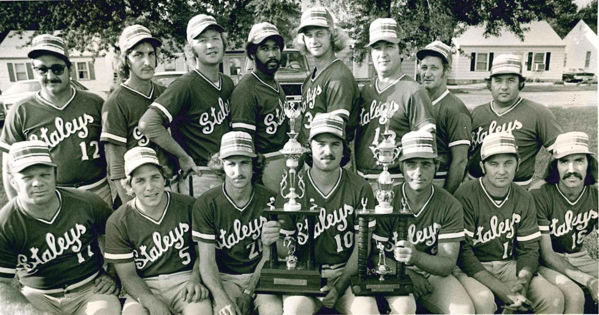 50+ photos of Decatur sports teams that no longer exist | Sports