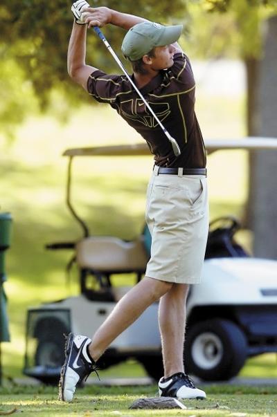 Mattoon golfer Kris Heller