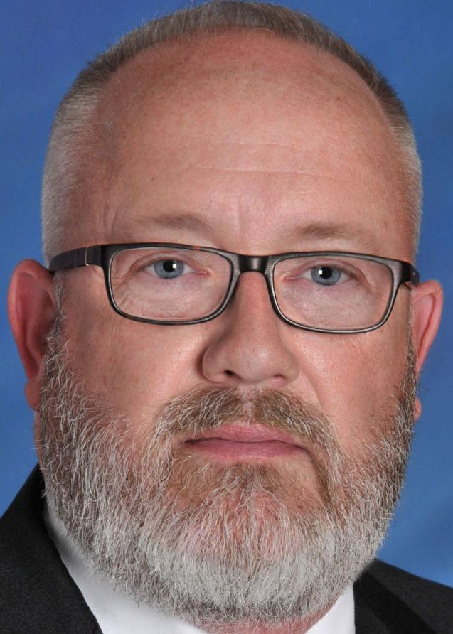 Tim Gleason, Bloomington city manager, tight crop hedshot