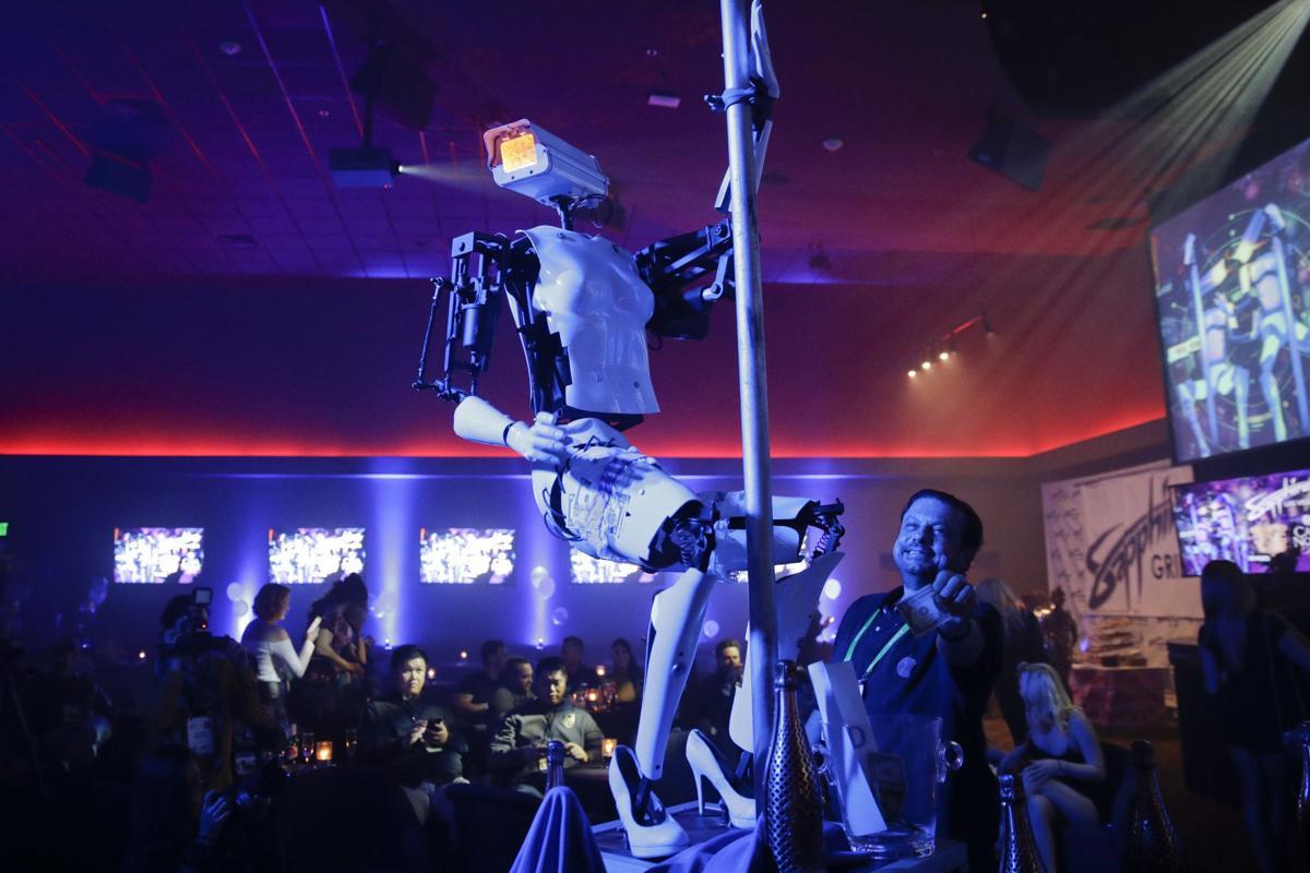 Gadget Show Pole Dancing Robots